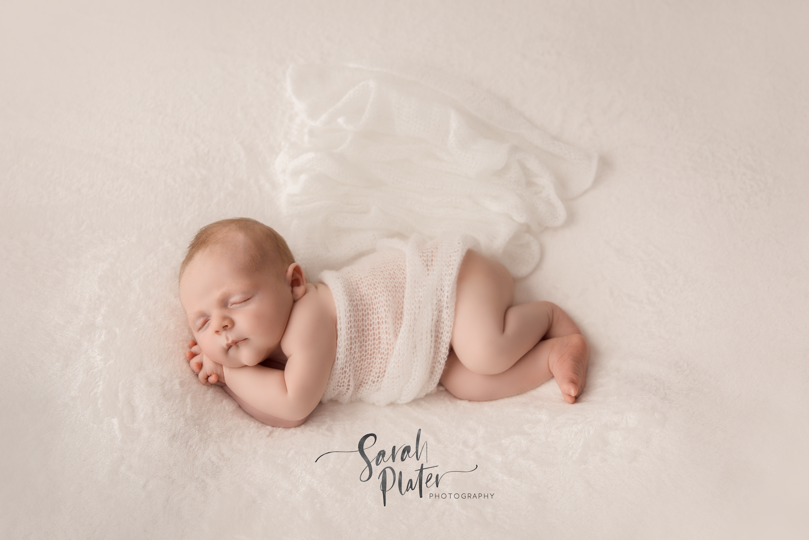 Newborn photography of 3 week old finley